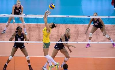 Brasil é superado pelos Estados Unidos e luta por medalha neste domingo
