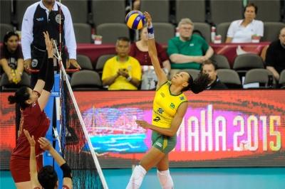 Brasil vence a China e começa a fase final com vitória
