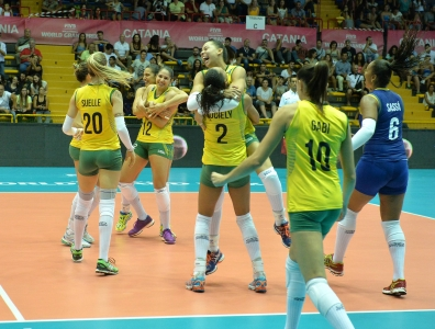 Brasil supera a Bélgica e mantém a invencibilidade